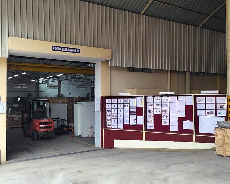 Commercial Tool Room